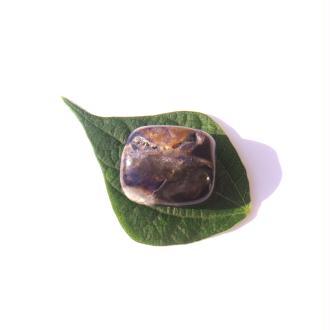 Pierre roulée Tiffany Stone 2.8 CM x 2.6 CM x 1.8 CM max de tranche (E)