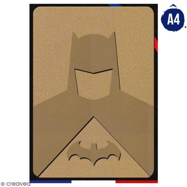 Portrait A4 en bois à décorer - Homme chauve-souris - 21 x 29,7 cm - Collection Super Héros - Photo n°1