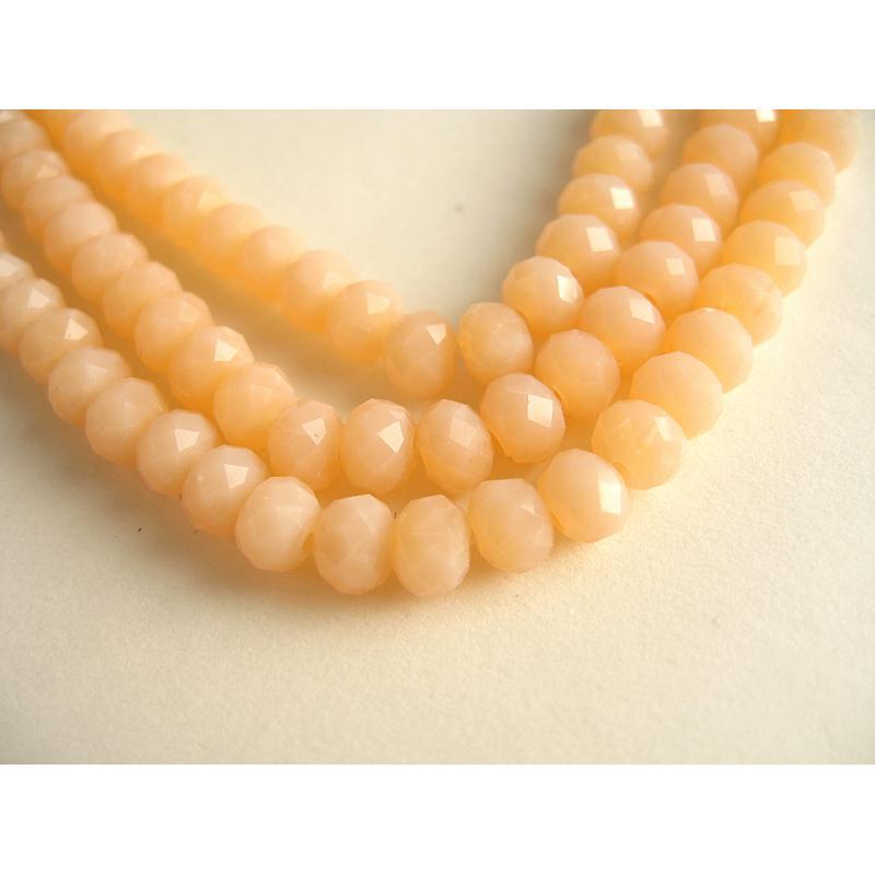 10 perles verre facettes rose saumon clair 6mm perles en verre creavea. Black Bedroom Furniture Sets. Home Design Ideas