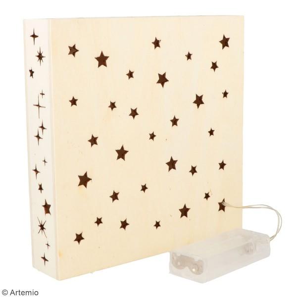 Lampe LED en bois ajourée - Cygne et étoiles - 18 x 18 x 4 cm - Photo n°2