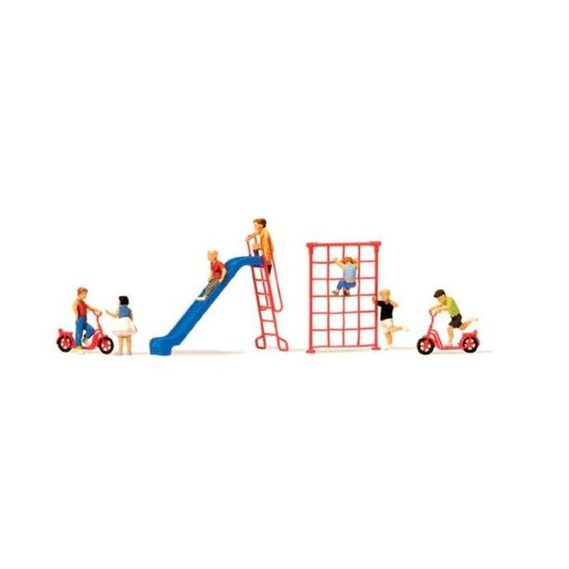 jeux de plein air avec enfants echelle ho 1 87 figurines creavea. Black Bedroom Furniture Sets. Home Design Ideas