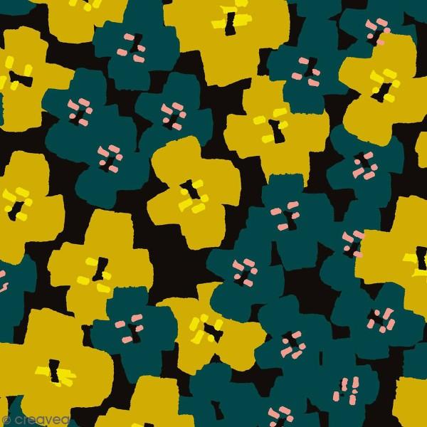 Coupon de Toile coton Made by me - Fleurs vertes détails fluo - Fond noir - 50 x 140 cm - Photo n°1