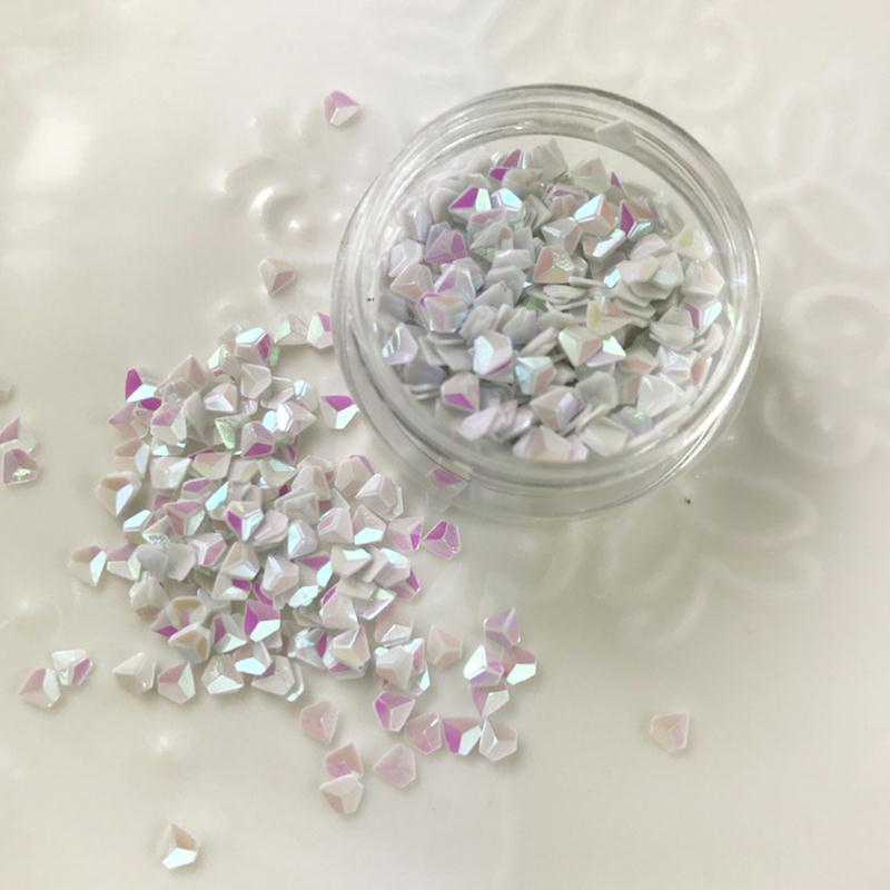 paillettes forme diamant blanc pour inclusion r sine cr ation bijoux nail art r sine. Black Bedroom Furniture Sets. Home Design Ideas