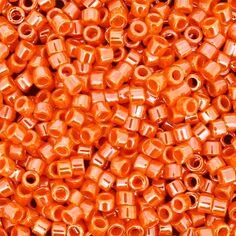 Perles Miyuki Delica 11/0 - Opaque Mandarin Luster - 5g