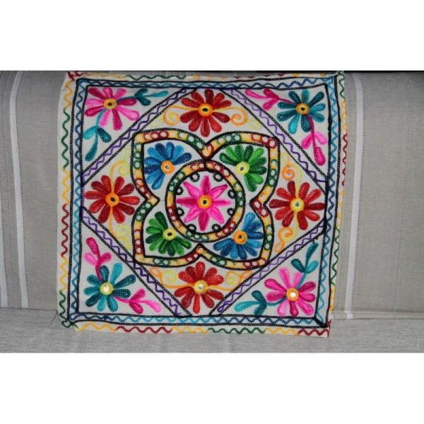 Housses de coussin carré, brodée multicolore de 40 cm x 40 cm - Lot de 2 - Photo n°2