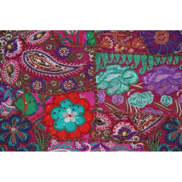 Housses de coussin carré, brodée multicolore de 60 cm x 60 cm - Photo n°2