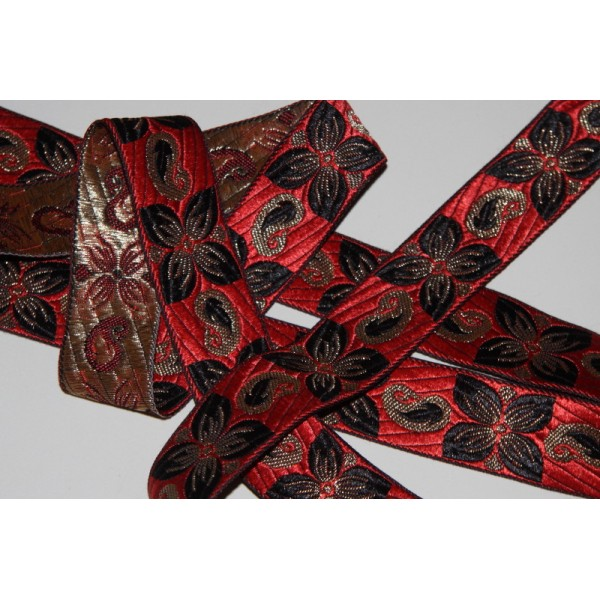 Galon ethnique rouge de 33 mm de large, ruban à fleurs - Photo n°2
