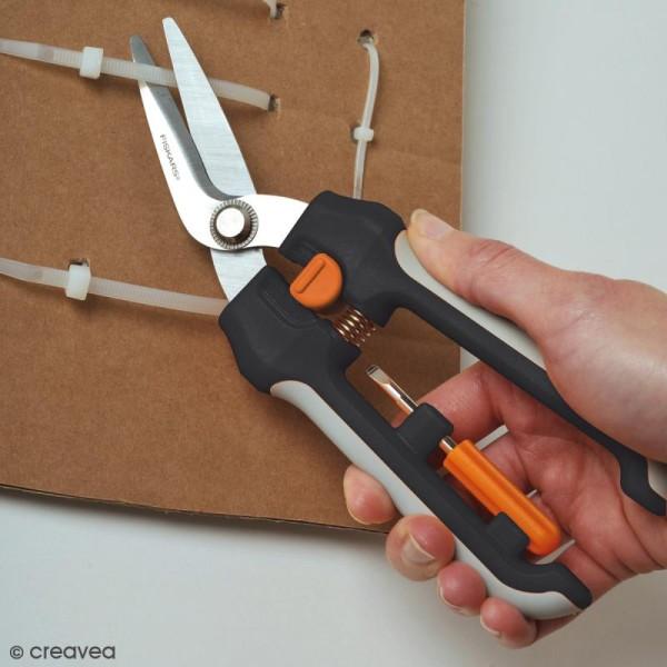 Ciseaux Coupe-Tout multifonctions - Cuts+More - Fiskars - 20 cm - Photo n°3