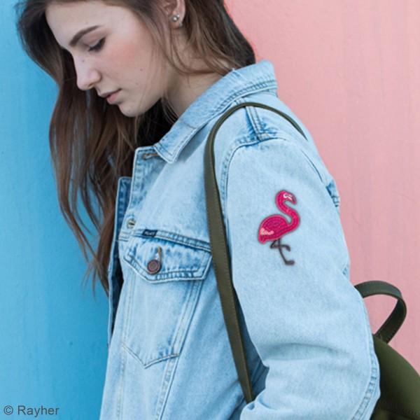 Motif thermocollant à sequins - Flamant rose - 4,5 x 7,5 cm - Photo n°2