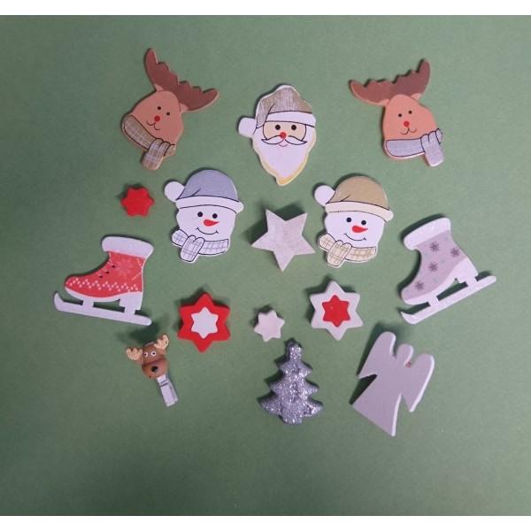 Petit Sujet De Noel Lot de 15 petits sujets de Noël   Le marché de Noël   Creavea