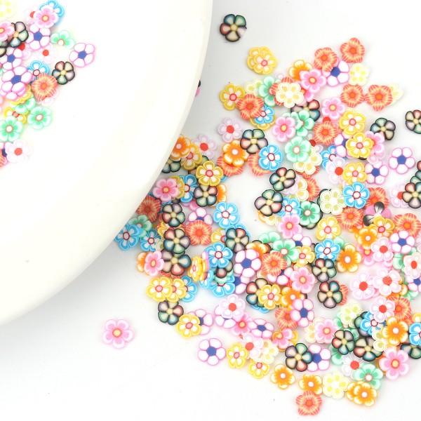 Environ 300 Petites Fleurs Polymère 4mm - SC0119660 - Photo n°1