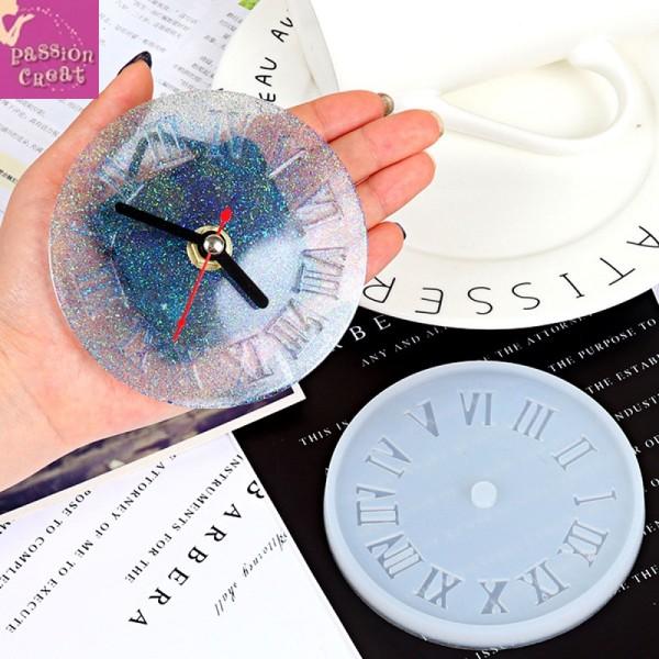 Un Moule Silicone Horloge Pour Résine 105mm - Photo n°2