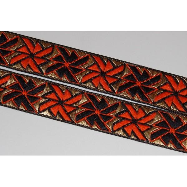 Galon brodé géométrique ou ruban de 2.5 cm de large - Photo n°1