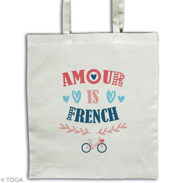 Stickers flex thermocollant A5 - Amour is french - Photo n°2