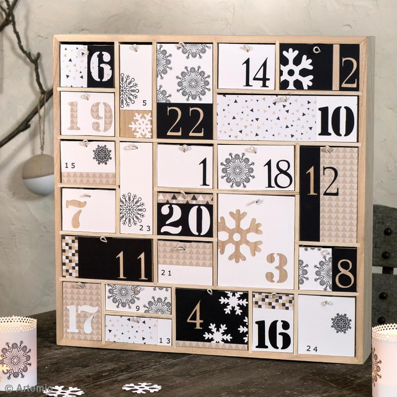 calendrier de l 39 avent en bois d corer g om trique 40 x 40 cm calendrier de l 39 avent creavea. Black Bedroom Furniture Sets. Home Design Ideas