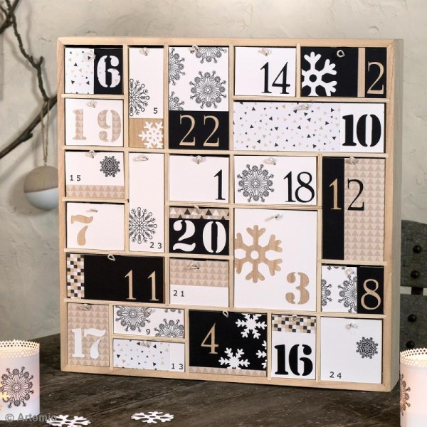 Calendrier de l'Avent en bois à décorer - Géométrique - 40 x 40 cm - Photo n°2