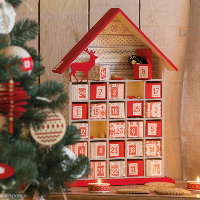calendrier de l 39 avent en bois d corer maison ouverte 50 cm calendrier de l 39 avent creavea. Black Bedroom Furniture Sets. Home Design Ideas