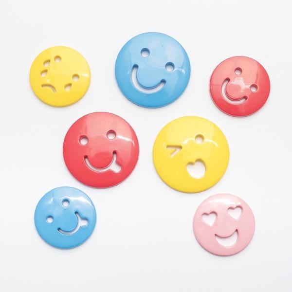 Assortiment de 25 Boutons Taille et Couleur Mixtes pour Scrapbooking - Emoji Visage Expressions - Photo n°1