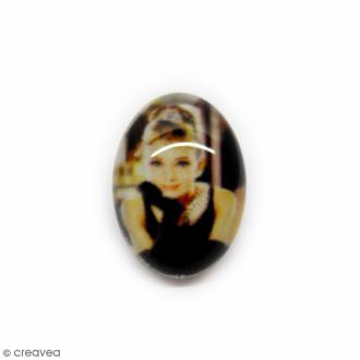 Cabochon en verre Audrey - 18 x 13 mm