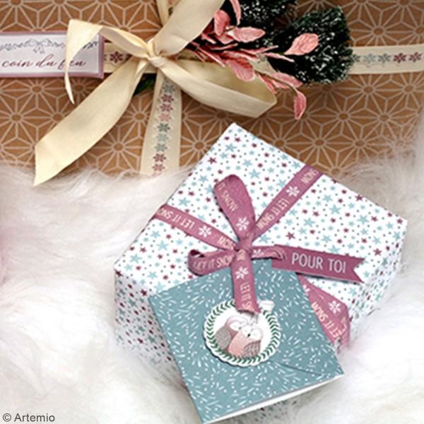 Kit enveloppes, étiquettes et autocollants cadeaux Artemio - Collection Isatis - 97 pcs - Photo n°2