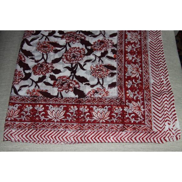 Coupon de voile de coton fleuri batik imprimé à la main en 1.1m par 1.8 m - Photo n°1