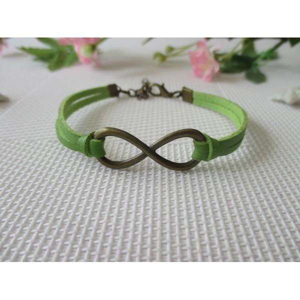9018b0b574 Kit bracelet suédine faux cuir vert et lien infini bronze - Photo n°1