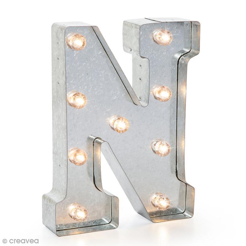 Lettre lumineuse en métal vintage N - 25 x 18,5 x 4,5 cm - Photo n°1