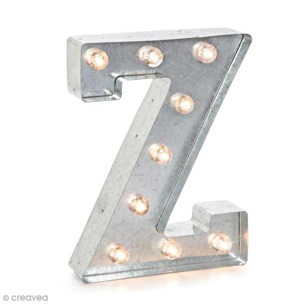 Lettre lumineuse en métal vintage Z - 25 x 18,5 x 4,5 cm - Photo n°1
