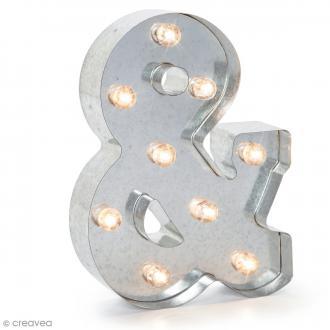 Lettre lumineuse en métal vintage & - 25 x 19 x 4,5 cm