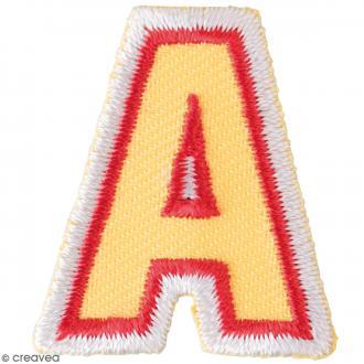 Ecusson thermocollant Alphabet  lettre A - 28 x 32 mm