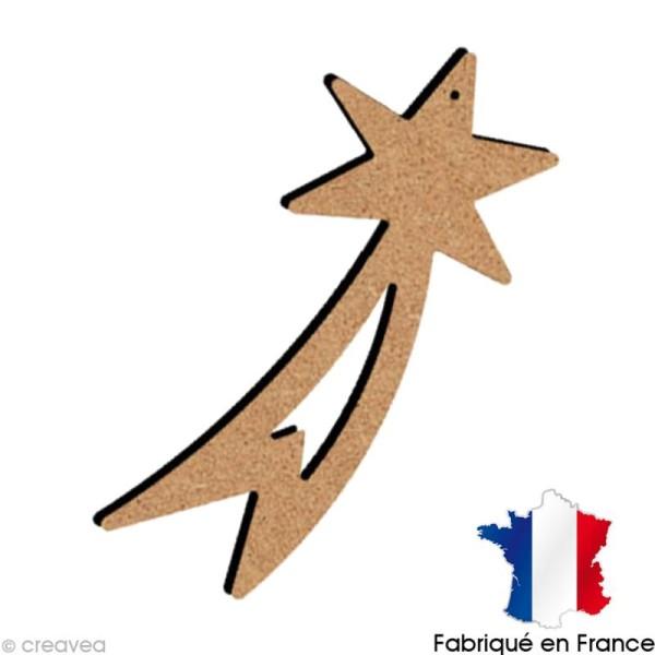 Etoile Filante ajourée en bois à suspendre  15 cm - Photo n°1