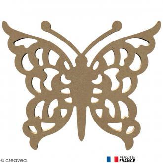 Papillon ajouré en Bois à décorer - 26 cm