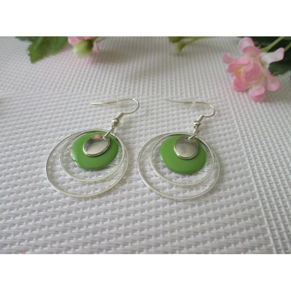 Kit boucles d'oreilles anneaux argentés et sequin émail vert - Photo n°1