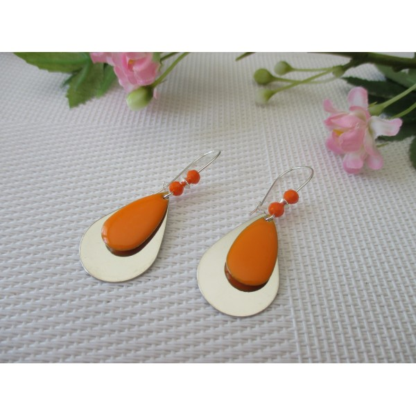 Kit de boucles d'oreilles goutte argentée et sequin émail orange - Photo n°1