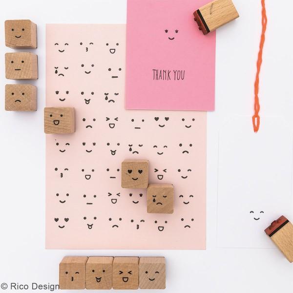 Set tampons en bois - Smiley - 12 tampons et 1 encreur - Photo n°2