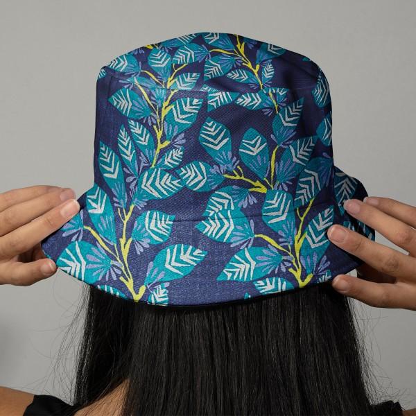 Tissu Coton léger à la coupe - Feuillage sur fond bleu foncé - Détails Métallisés - Par 10 cm - Photo n°2