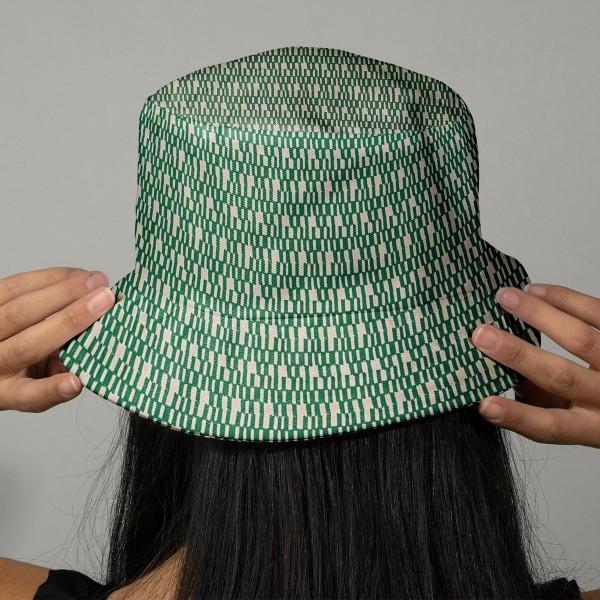 Tissu Toile coton à la coupe - Traits blancs sur fond vert - Par 10 cm - Photo n°2