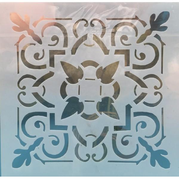 POCHOIR PLASTIQUE 15*15cm : motif antique (24) - Photo n°1