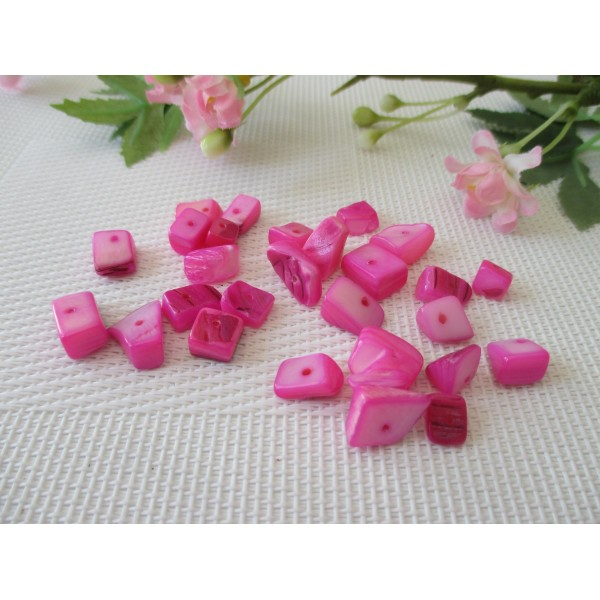 Perles chips rose fuchsia x 30 gr (environ 30 perles) - Photo n°1