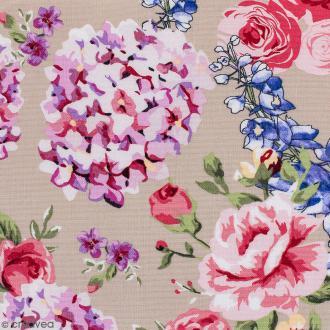Tissu Portofino - Fleurs vintages - Fond Beige - Par 10 cm (sur mesure)