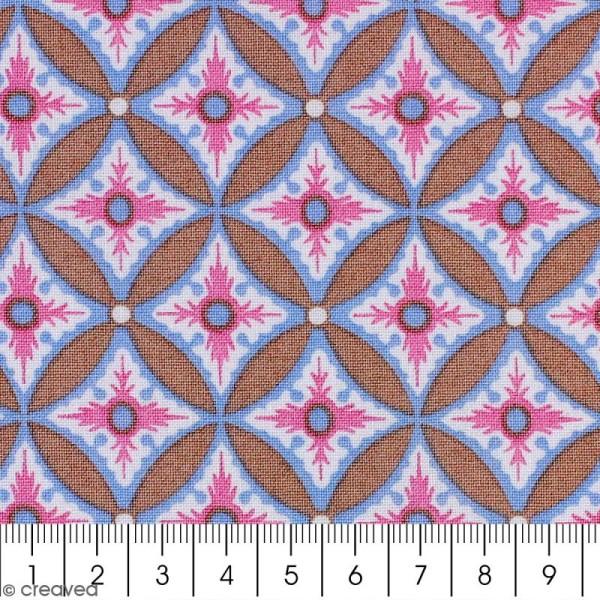 Tissu Portofino - Grandes fleurs géométriques roses - Fond Beige - Par 10 cm (sur mesure) - Photo n°2