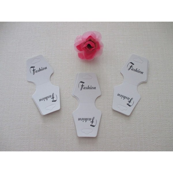 Présentoirs carton blanc pour bracelets ou collier x 10 - Photo n°1