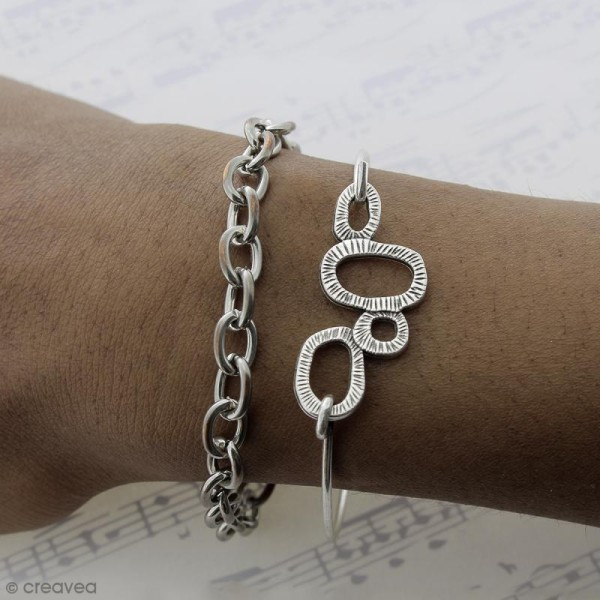 Bracelet gris argenté en métal - 57 mm - Photo n°3
