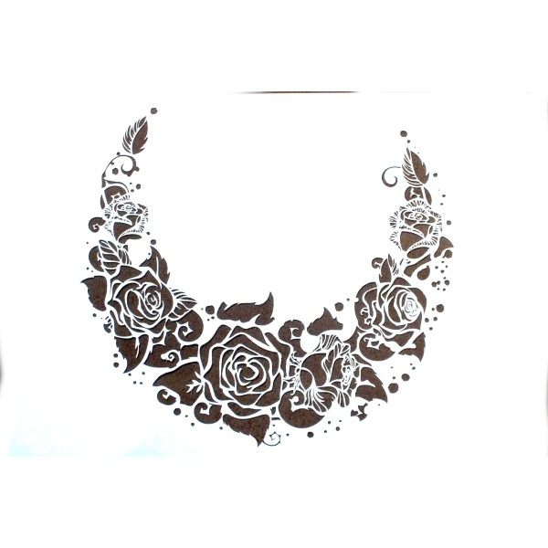 POCHOIR EN PLASTIQUE  Format A4 (21 * 29,7 cm) : Collier de roses - Photo n°1