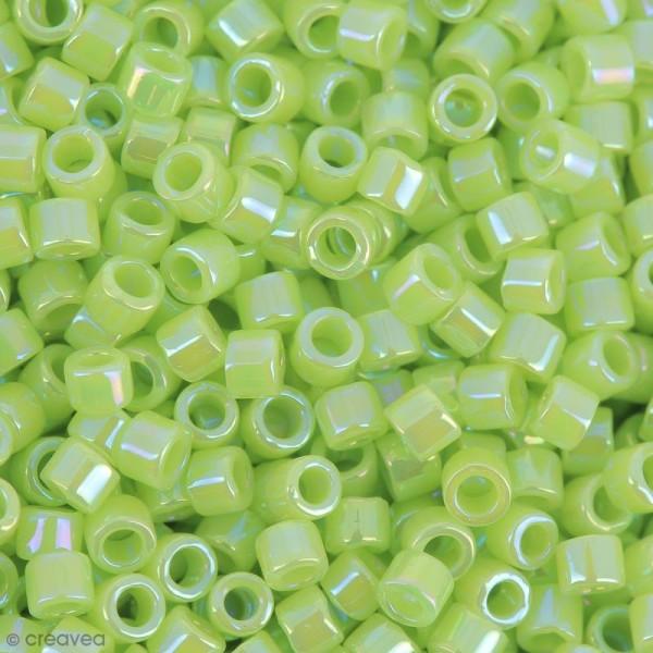 Perles Miyuki Delica 11/0 - DB0169 - Opaque Chartreuse AB - 5g - Photo n°1