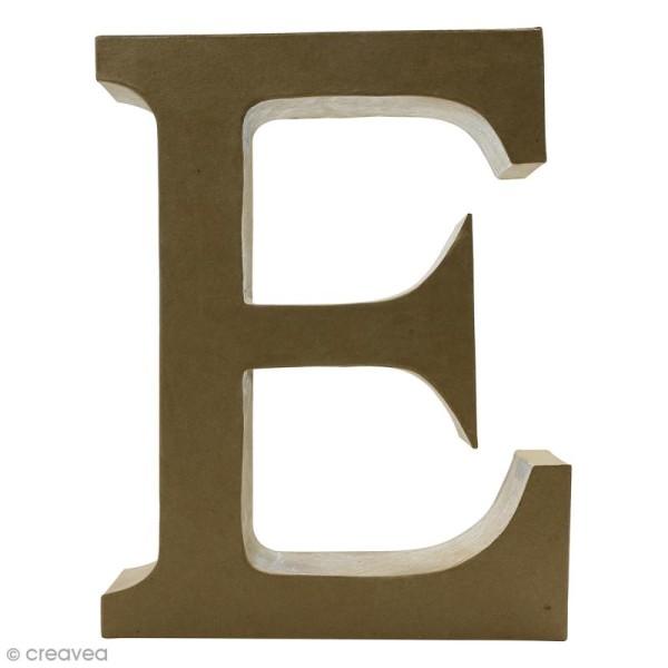 Lettre fantaisie E majuscule - 23 x 30 cm - Photo n°1