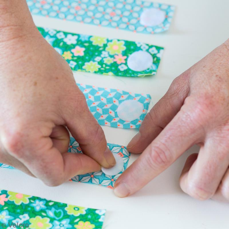 Amazing ovales velcro pour tissus a coller blanc mm pcs - Coller du tissu sur du bois ...