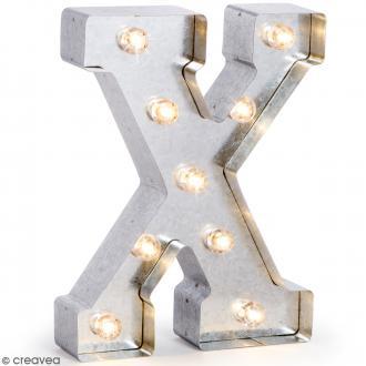 Lettre lumineuse en métal vintage X - 25 x 19 x 4,8 cm