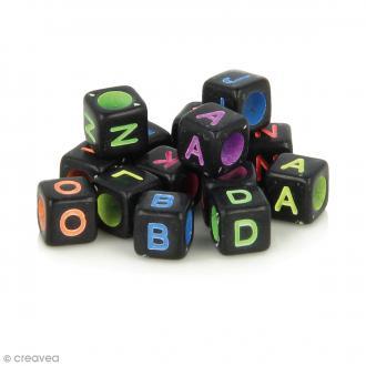 Perles alphabet Cubes - Noir à écriture multicolore - 6 mm - 300 pcs environ