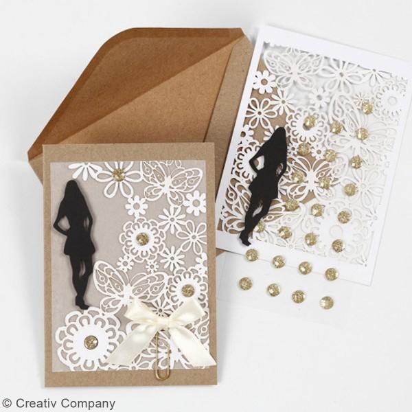 Papier cartonné 200 g avec motif dentelle - 10,5 x 15 cm - Lots de 10 feuilles - Photo n°3
